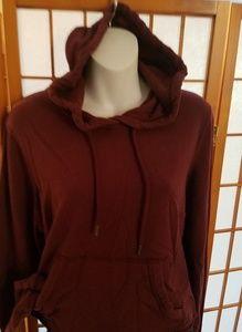 New cropped burgundy hoodie